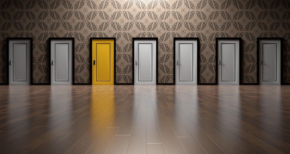 目標を設定するドア
