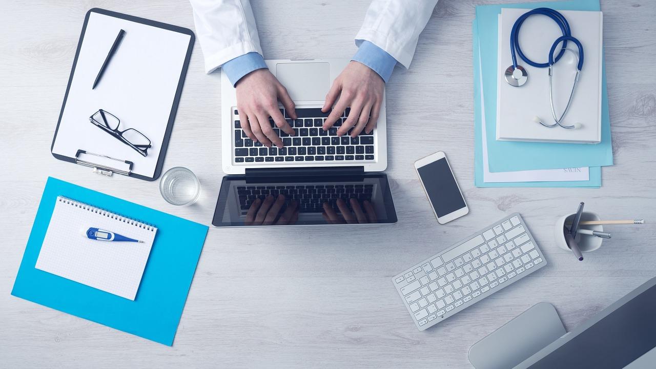 腰痛予防×生産性向上のためのオフィスの過ごし方【プロ解説】