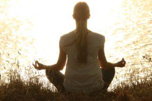 美人になるには瞑想が必要